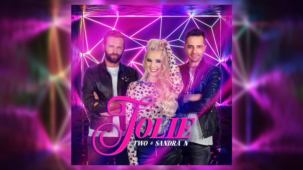 TWO & Sandra N. lanseaza primul single impreuna - Știri